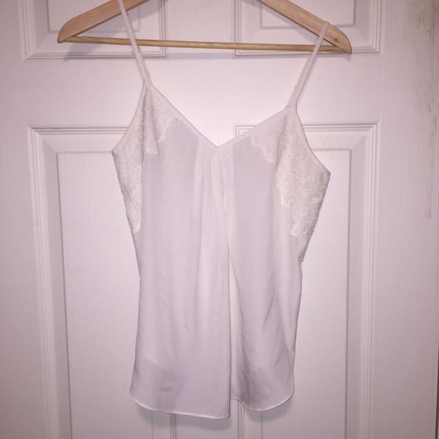 Aritzia Taulula Fashion Chiffon Tank Top