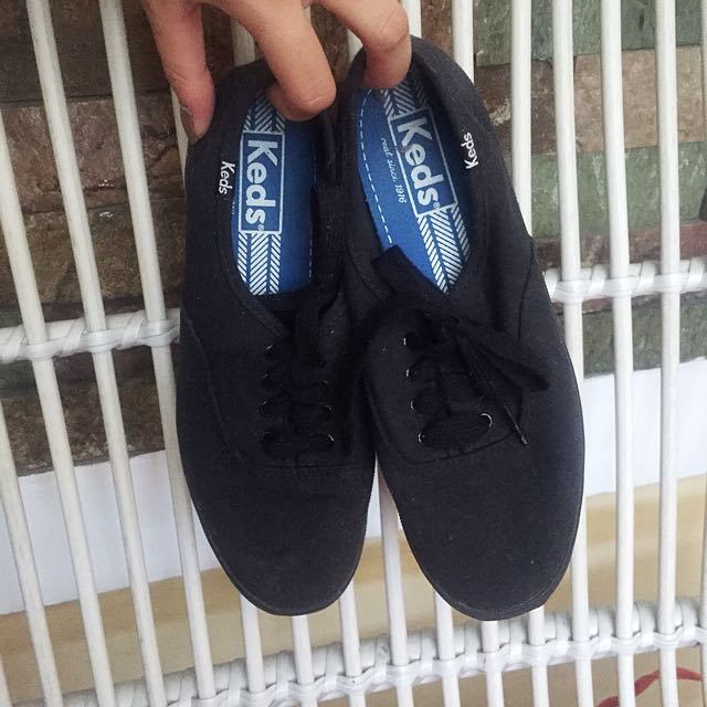 AUTH KEDS BLACK SNEAKERS