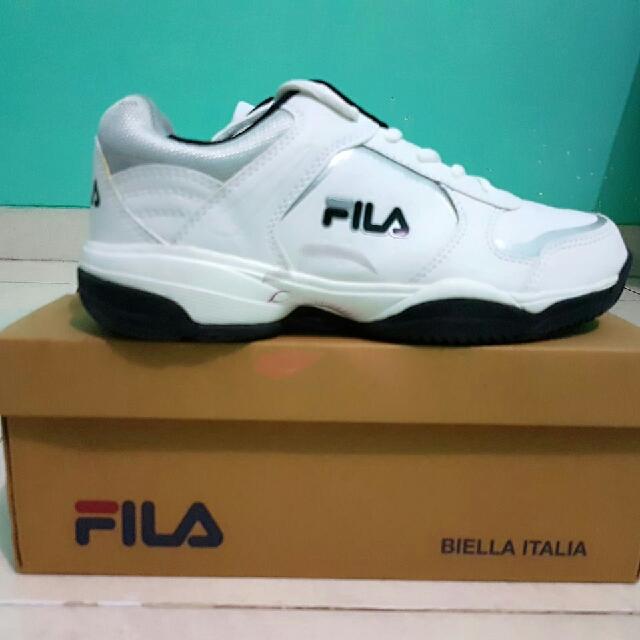 Baru! New! Filla White Sport Shoes