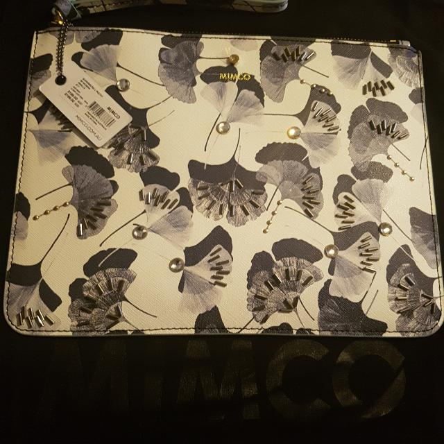 Brand New New Season Large Size Pouch