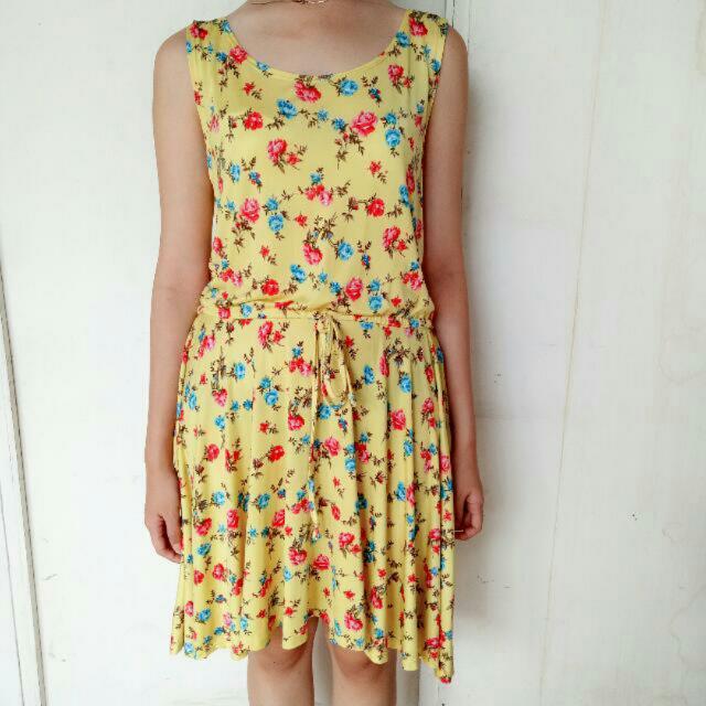 CARLA floral Dress