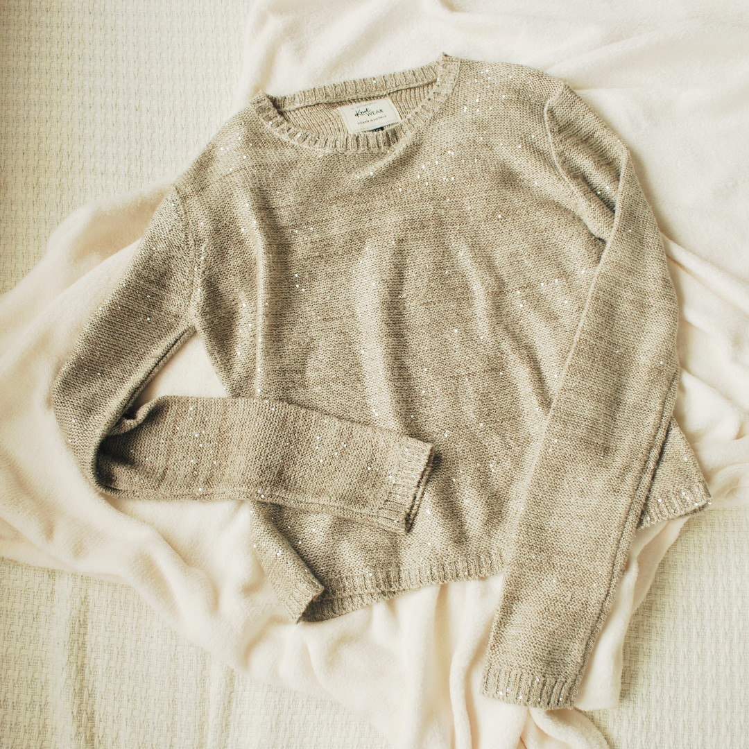 Cotton On Knit Sweater (XS-teens), Preloved Women's Fashion ...