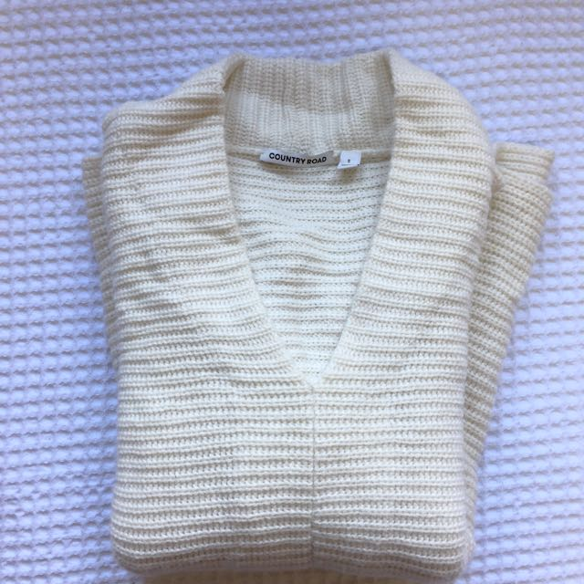 Country Road Knit Size Small