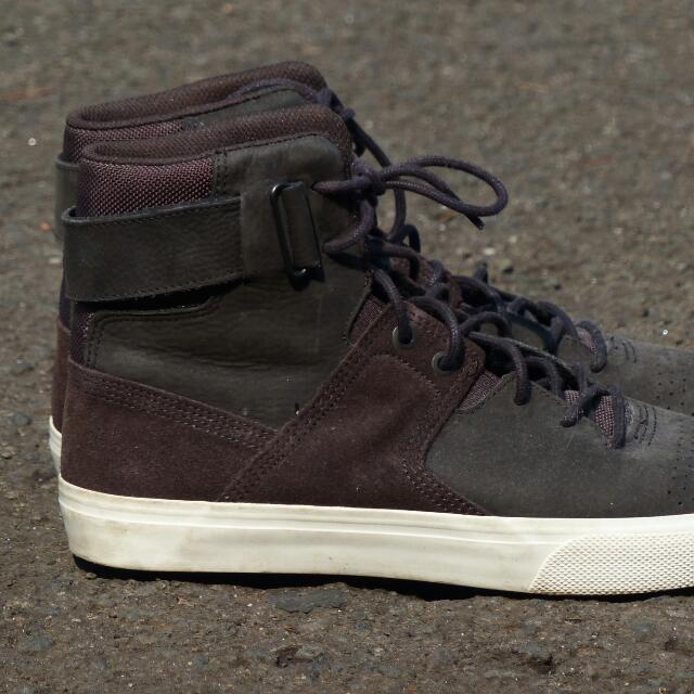 Dc Graduate (Not Pantofel Sepatu Kerja Gildan Jeans Nike Adidas Converse Vans) Ori 100%