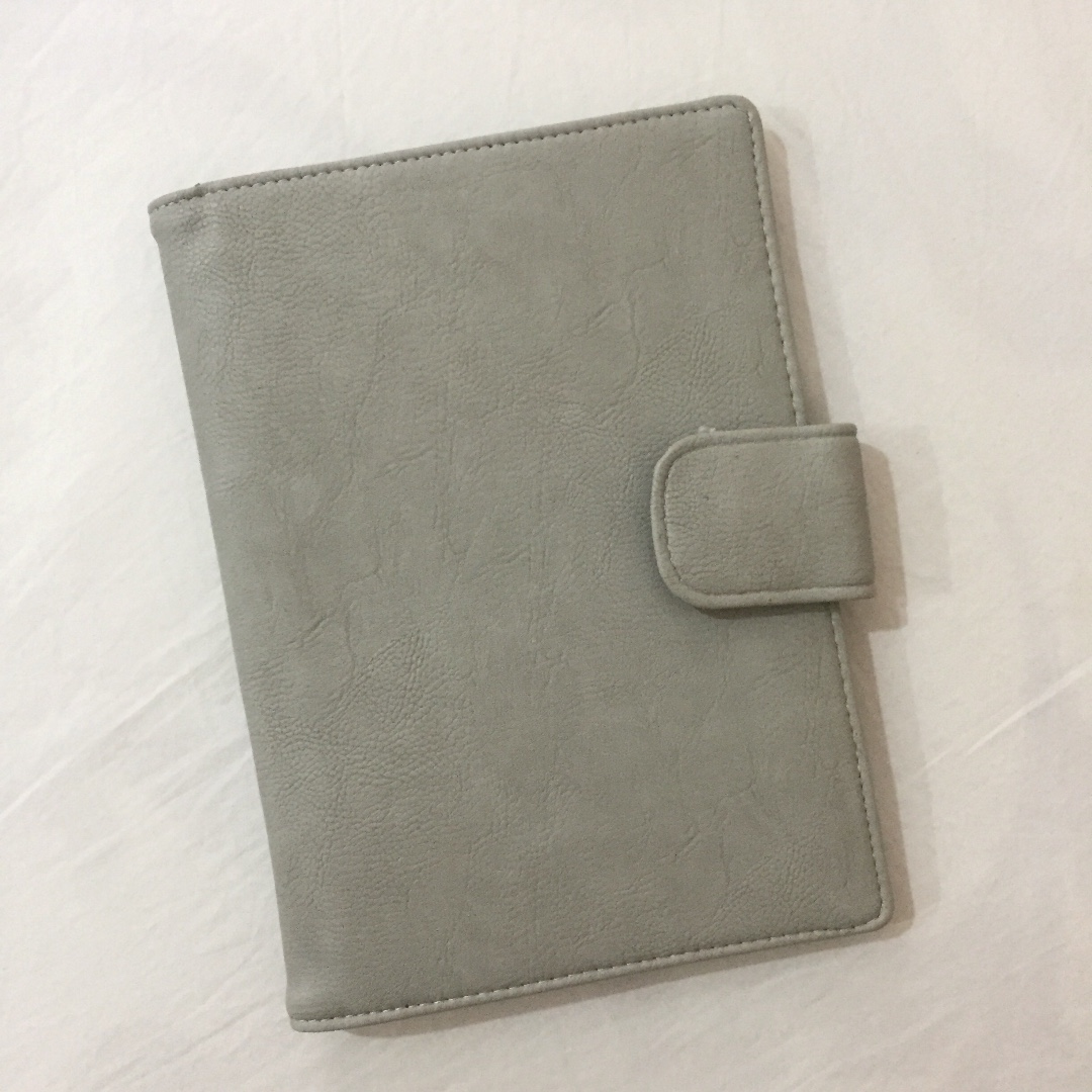 FREE Grey Brush Pouch