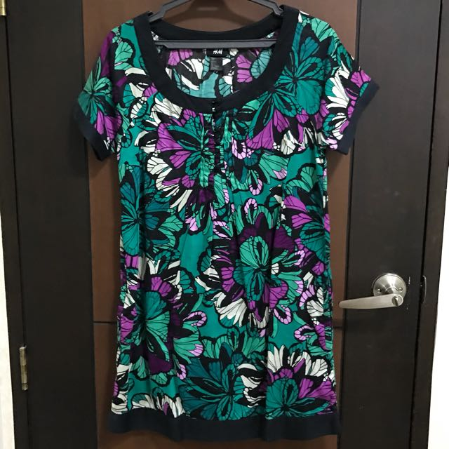H&M Short Floral Shift Dress