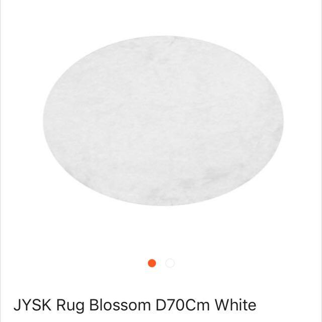 Karpet Bulu Putih JYSK