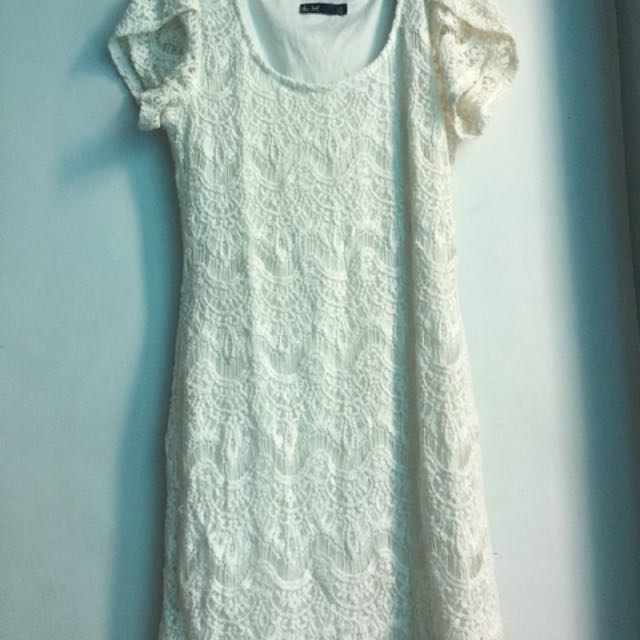 Lace Dress In Dirty White Color For All Occasion