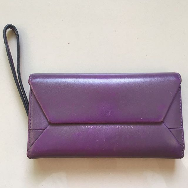 SALE 🎉Marc Jacobs Wallet in Eggplant