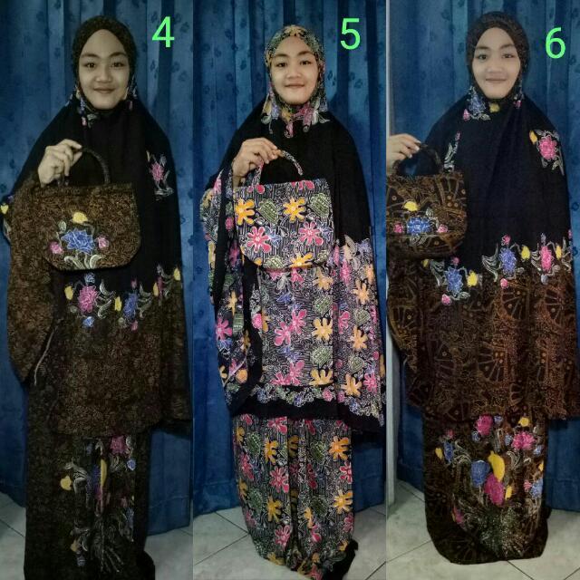 Mukena Batik