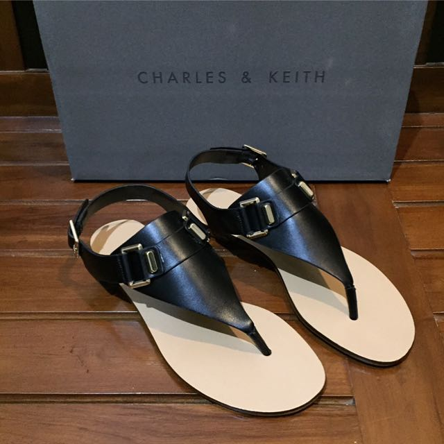 NEW! Charles & Keith Flat Sandals