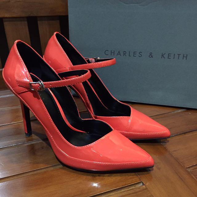 NEW! Charles & Keith Mary Jane Heels