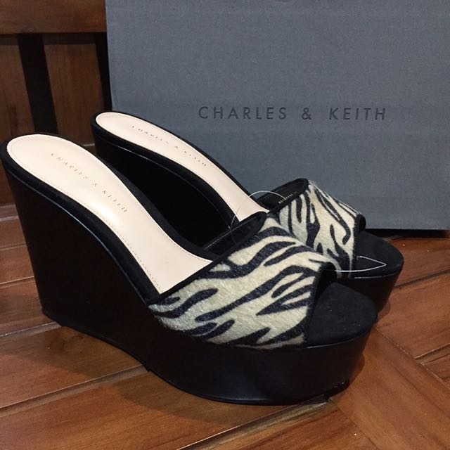 NEW! Charles & Keith Wedges