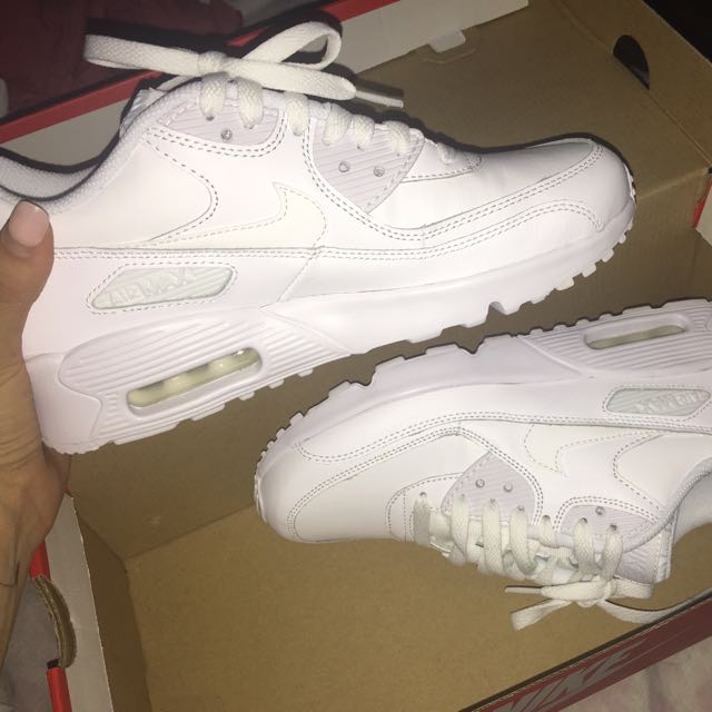 White Nike Air Max Women