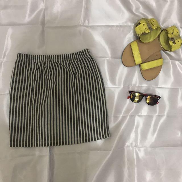 Short Skirt From Logo
