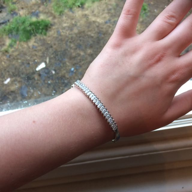 Silver Coloured Braclet