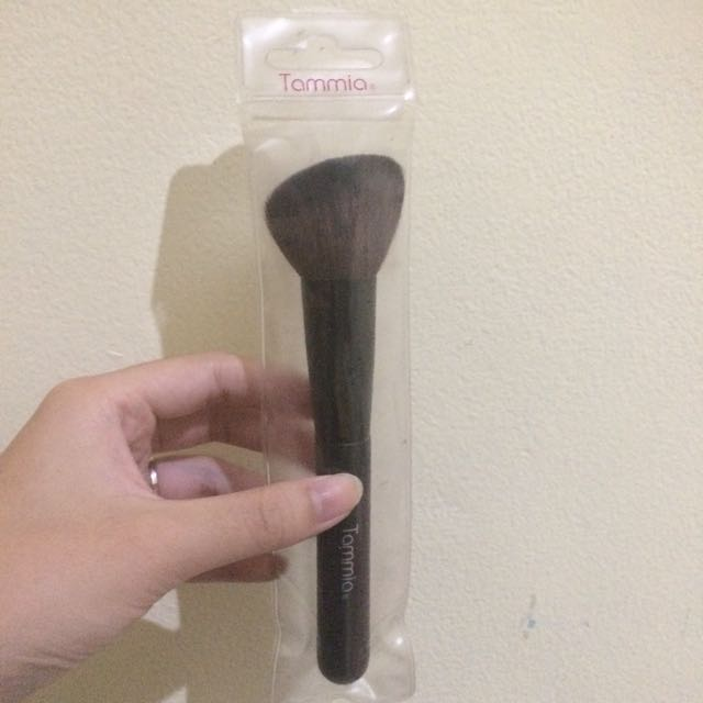 TAMIA BRUSH