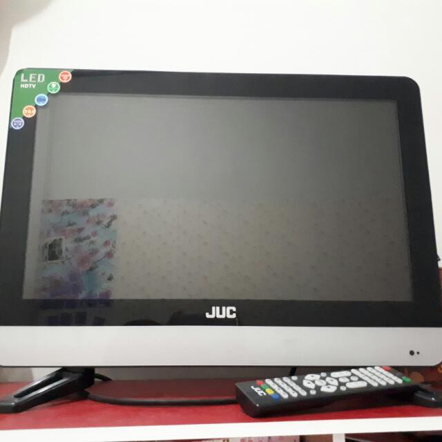 TV LED Merek JUC