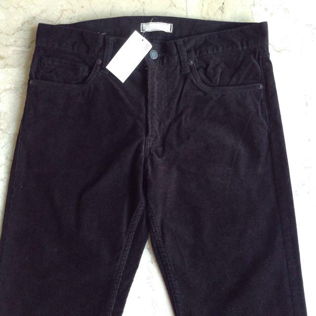 UNIQLO Black Corduroy Pants for Men