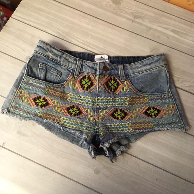 澳洲購入Valleygirl民族風刺繡丹寧牛仔短褲