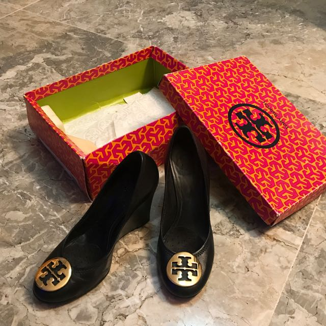 Worth 17k Tory Burch Black Wedge Shoes Pre Loved Authentic Size 7-7.5