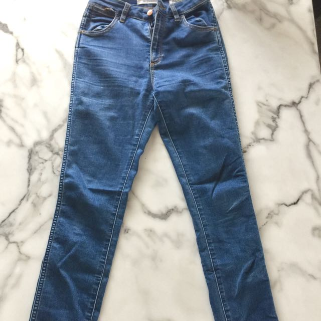 Wrangler High Twiggy Jeans