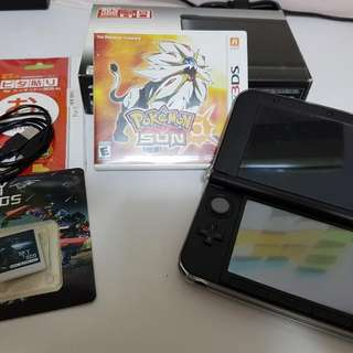3DS XL With SKY3DS (BLUE) and Pokemon Sun