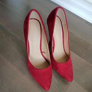 F21 Red Pumps