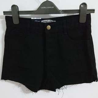 (全新)黑色牛仔短褲