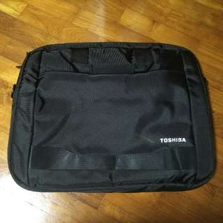 🚚 (Name Ur Price) Toshiba Laptop Bag Carrier