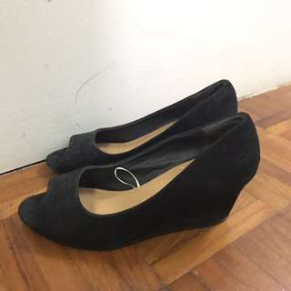 RUBY WEDGES BLACK SIZE 36