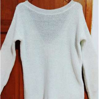 Knitted Sweater (White)