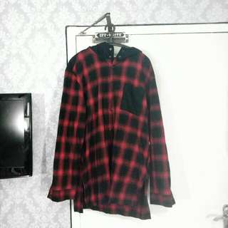 """ZARA MAN """"THE 1975"""" Red Flannel Outer"""