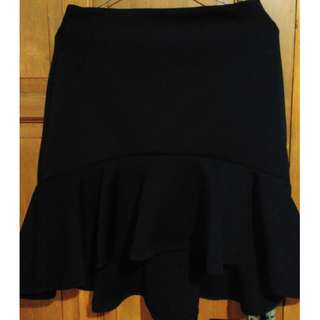 Ruffled Skirt (Black)