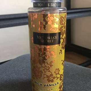 Victoria's Secret Rich Vanilla Fragrance Mist
