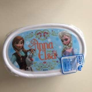 Elsa & Anna Lunch Box