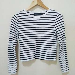 POI5ON Classic Cropped Pullover