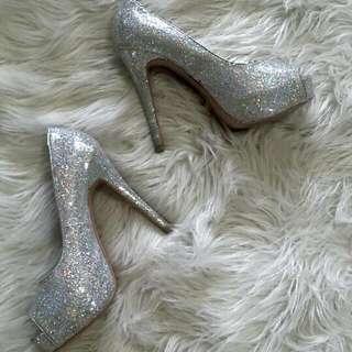 Heels - Size 7