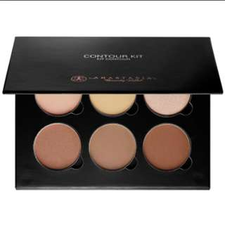 Anastasia Beverly Hills Countour Kit - Light to Medium