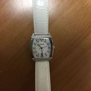 95% New Titus Watch For Woman 白色女裝腕錶