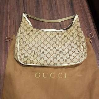 🚚 Gucci bag