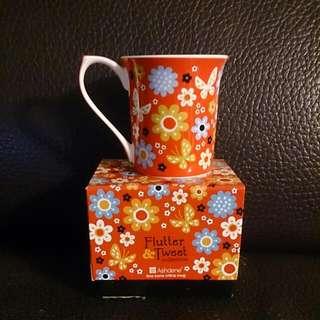 Ashdene Flower Pattern Fine Bone China Mug 花花圖案骨瓷杯 (代朋友出售)
