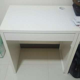 2 Sets of Ikea Table