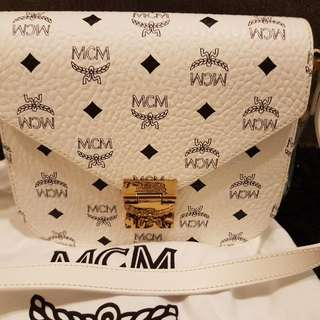 Like new MCM Bag