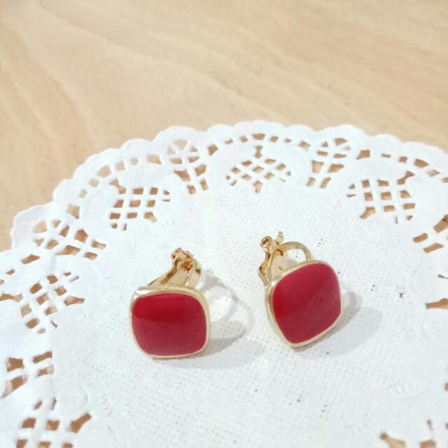 全新 復古時尚 簡約圓角方型 無耳洞夾式耳環 朱紅色 金邊
