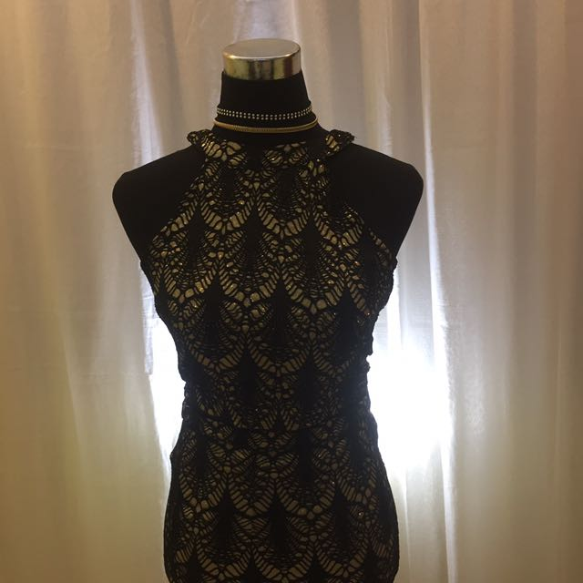 APARTMENT 8 BLACK AND GOLD DRESS