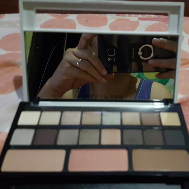 REPRICED!!! 3K NOW ONLY 2.2K!! Authentic Estee Lauder Pure Color Envy Sculpting EyeShadow OR YOUR MONEY BACK GUARANTEE!!