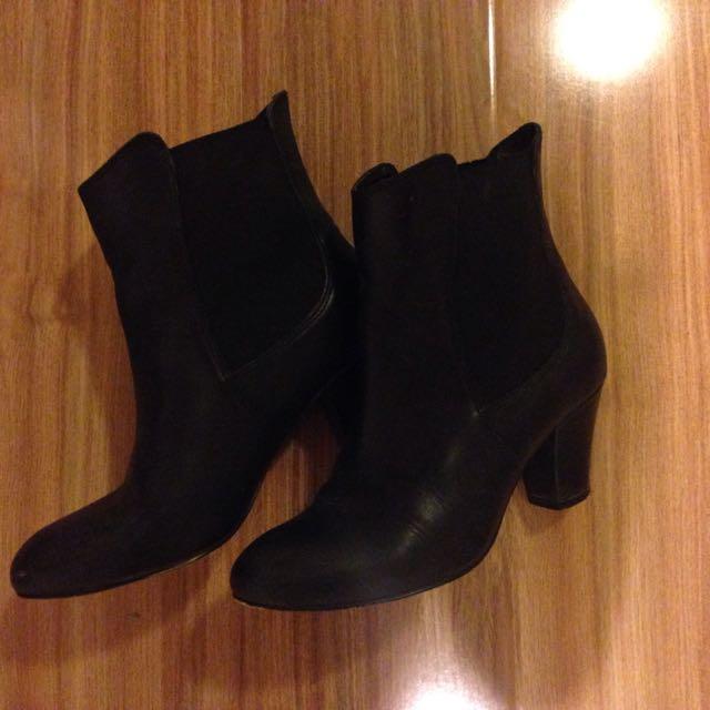 Bonbons Black Boots Size 36