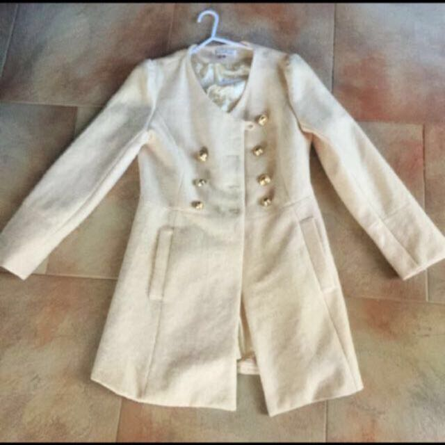 Boutique Cream Coat Size 8-10