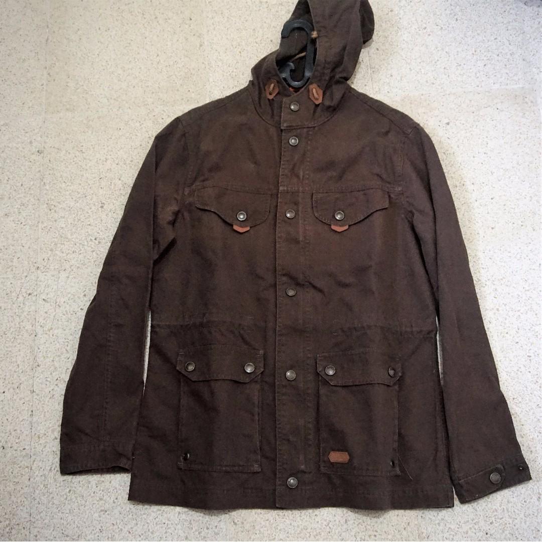 Eiger Jacket Lifestyle Parka Uno Cokelat Spec Dan Daftar Harga 1989 Crucial Tropic Shirt Brown Kemeja Pria S Fesyen Pakaian Di Carousell